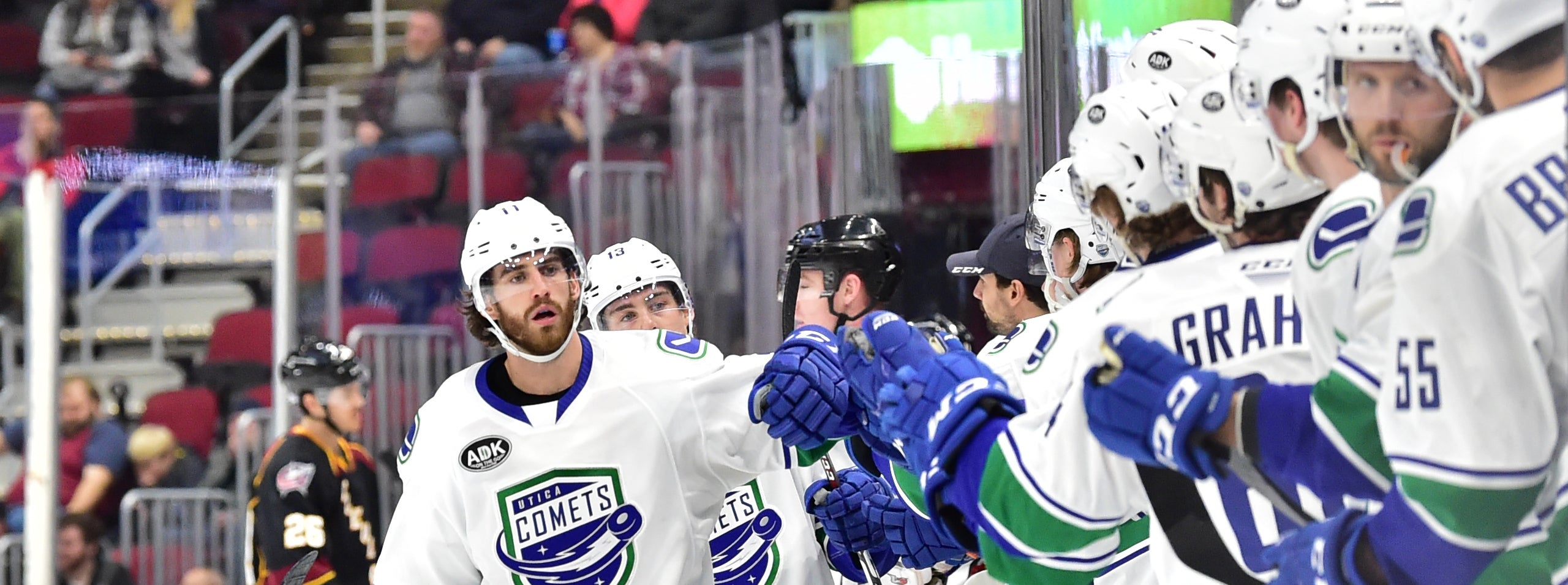 COMETS WIN FOURTH STRAIGHT IN DECISIVE FASHION