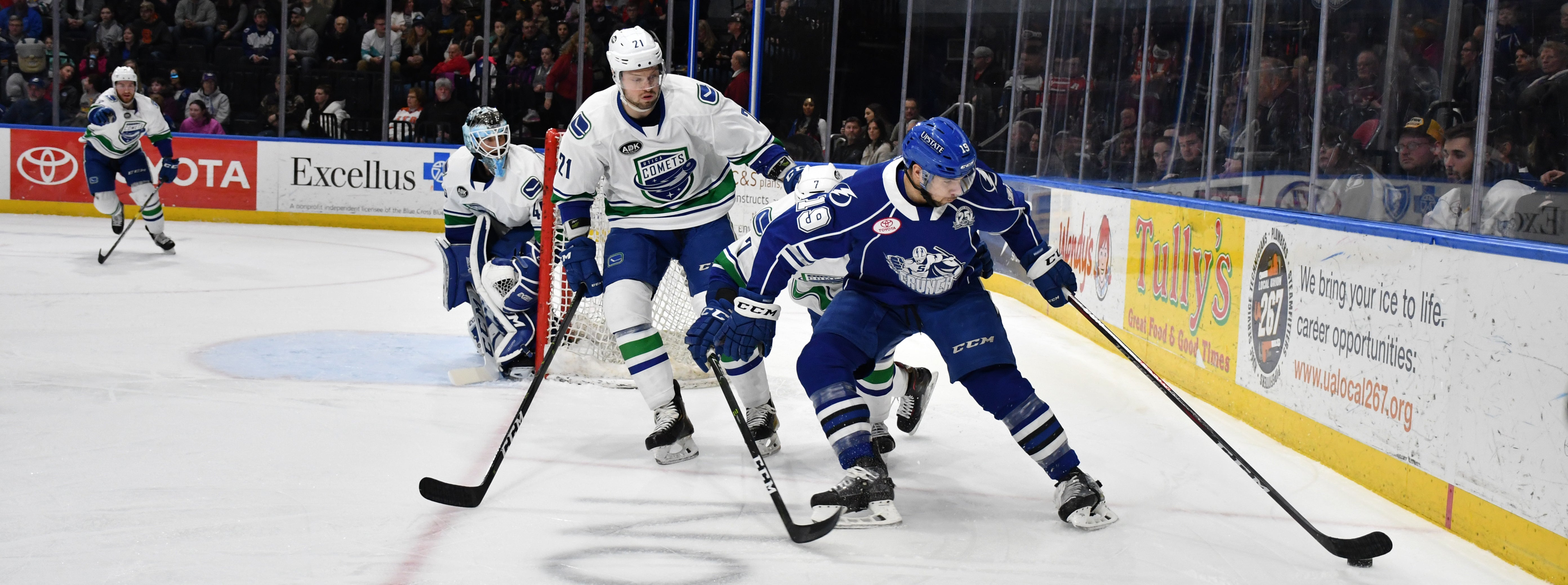 COMETS STUMBLE IN LOSS TO SYRACUSE