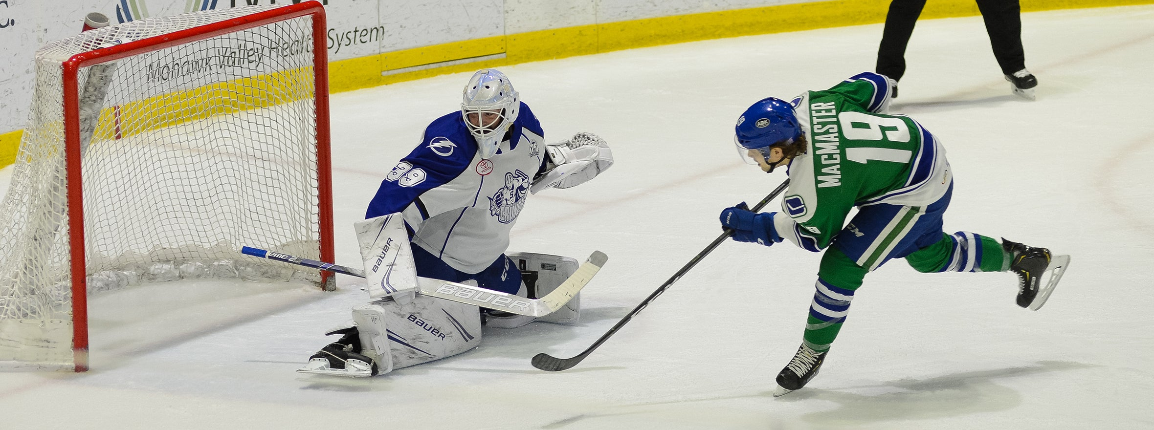 COMETS SHUTOUT BY CRUNCH
