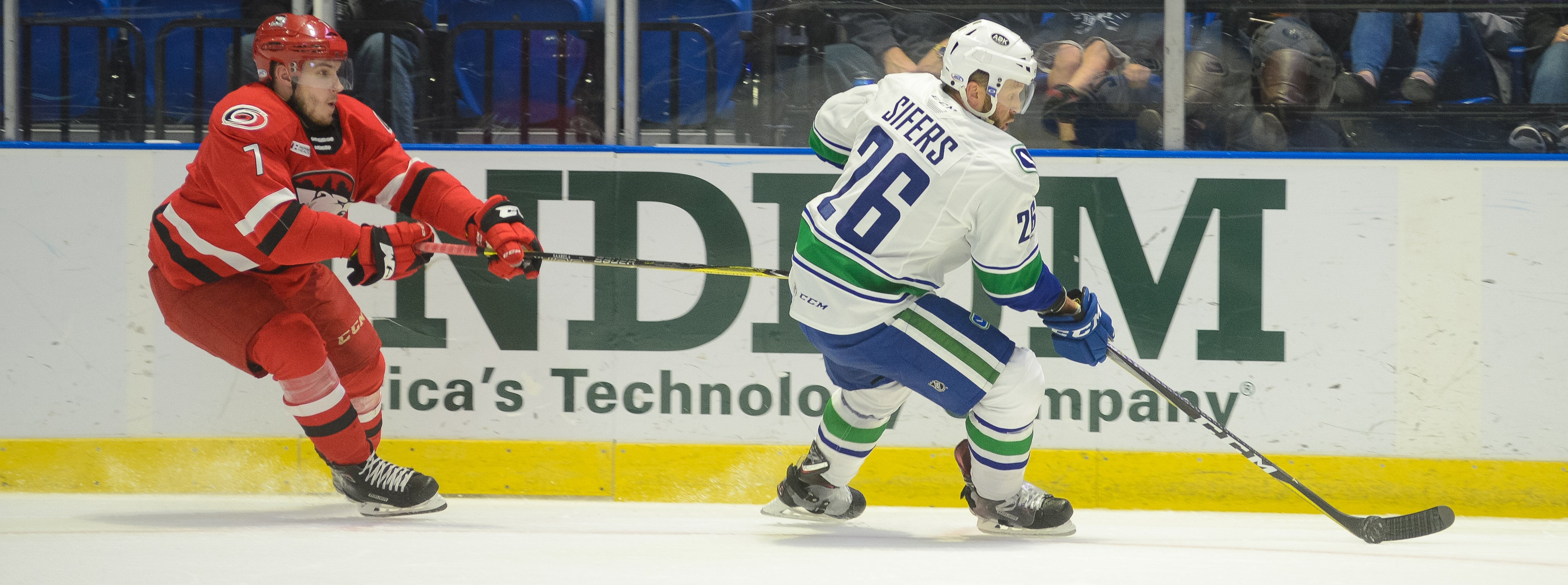 COMETS TAKE ON CHECKERS IN SUNDAY MATINEE