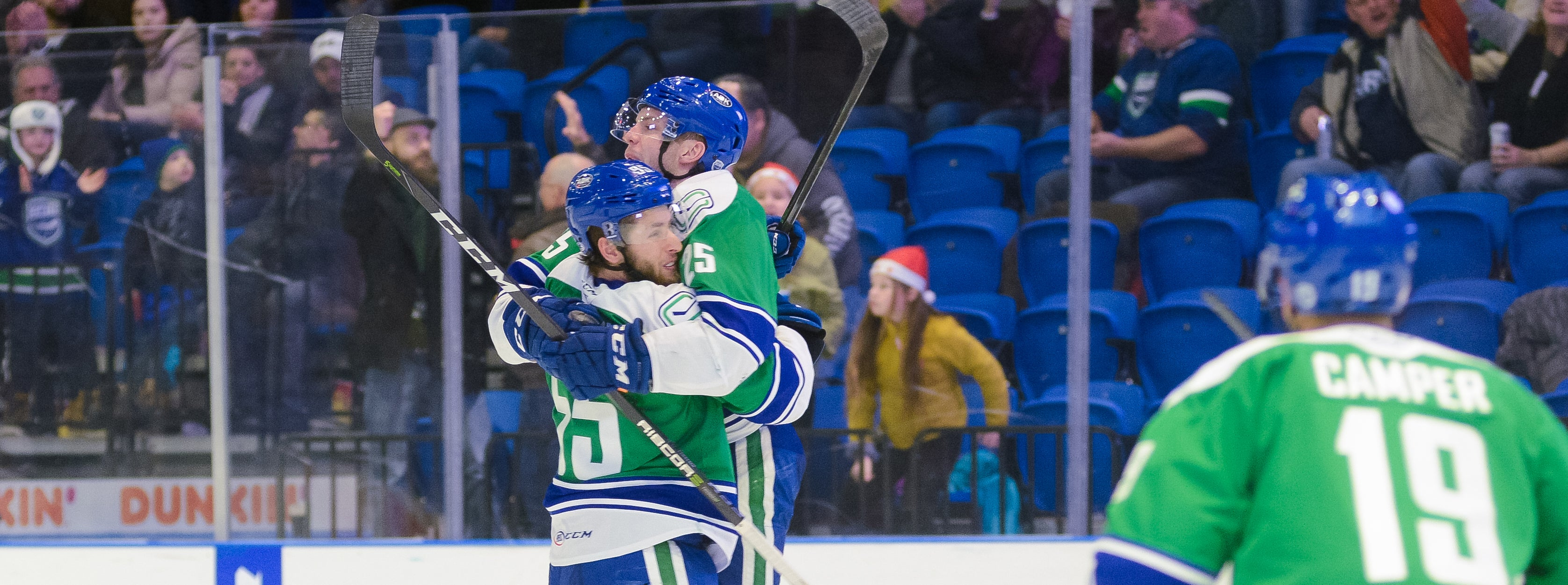 RAFFERTY, POWER PLAY PUSH COMETS TO VICTORY OVER LAVAL