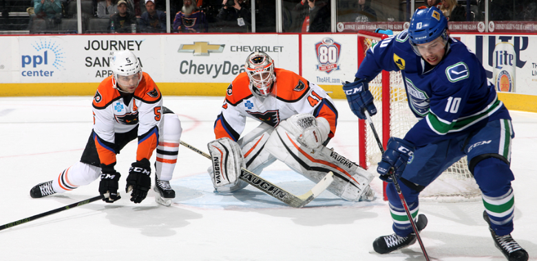 Comets Score Late to Scare Off the Phantoms