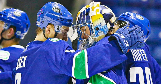 COMETS WIN FINAL MEETING WITH CRUNCH