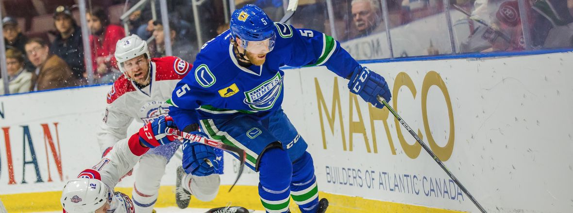 COMETS WIN FIFTH STRAIGHT