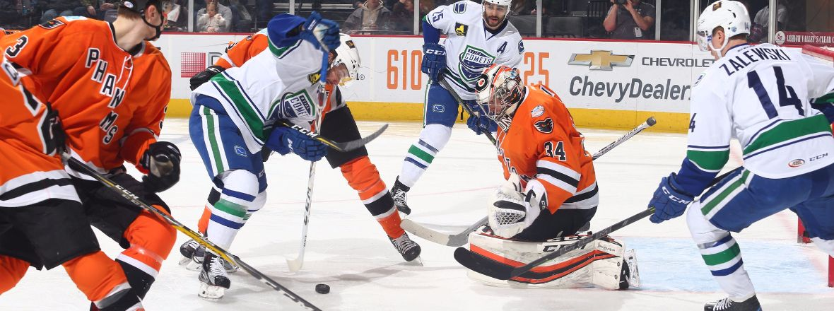COMETS WIN STREAK SNAPPED WITH LOSS TO PHANTOMS