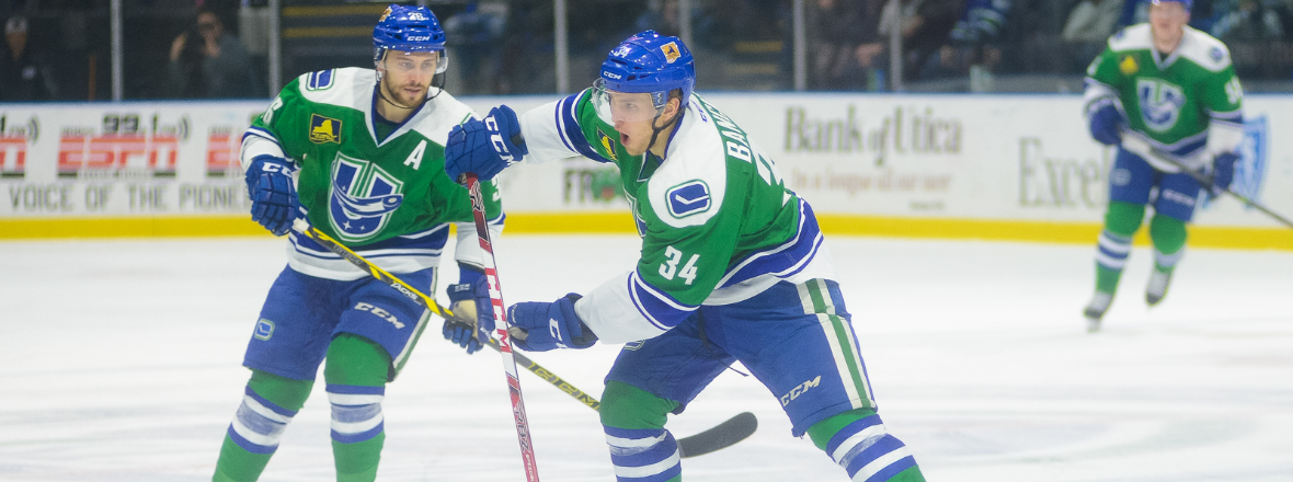 Bancks and Hamilton Sign Two-Year Deals