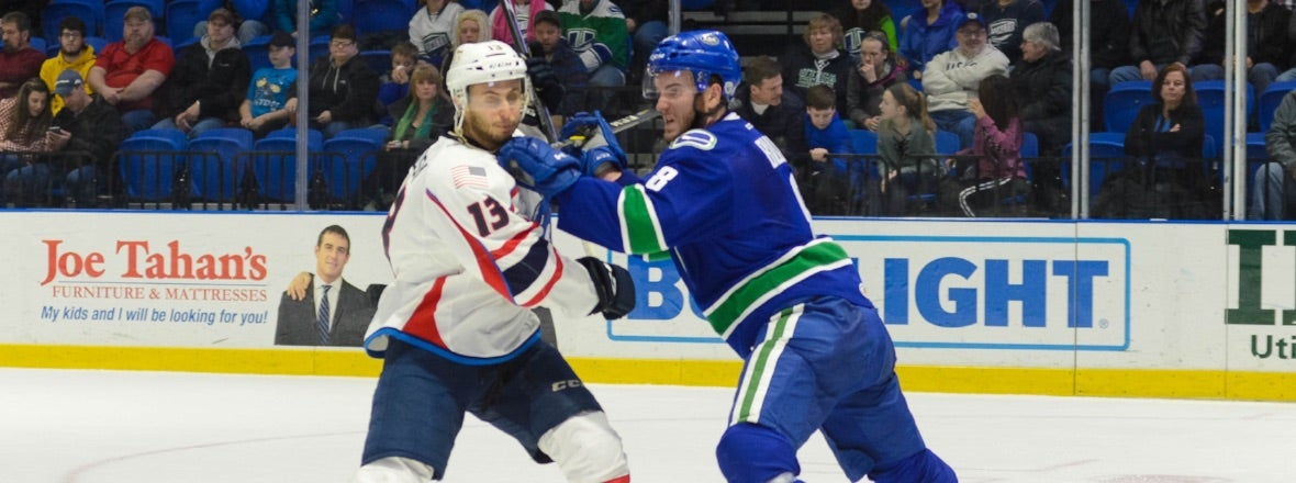 COMETS VISIT THUNDERBIRDS TO CLOSE OUT WEEKEND SERIES