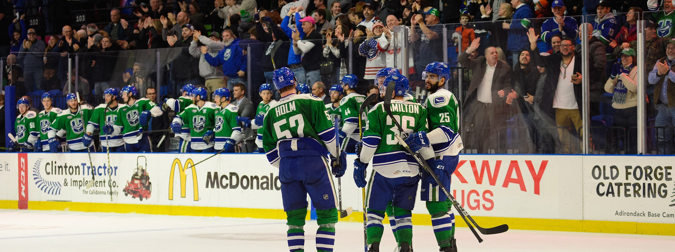 BACHMAN'S BIG NIGHT CARRIES COMETS TO WIN OVER CRUNCH