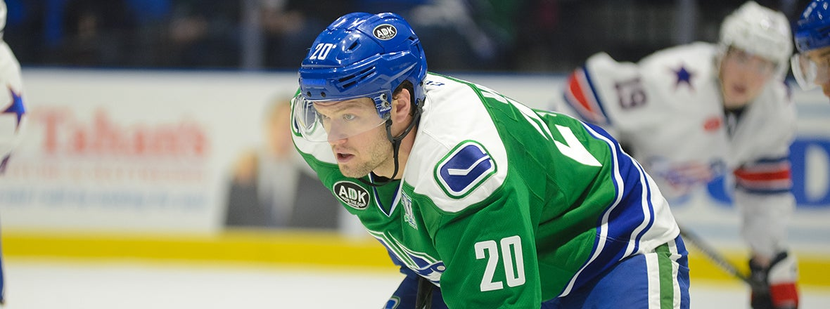 COMETS SIGN FORWARD BRENDAN WOODS TO AN AHL CONTRACT