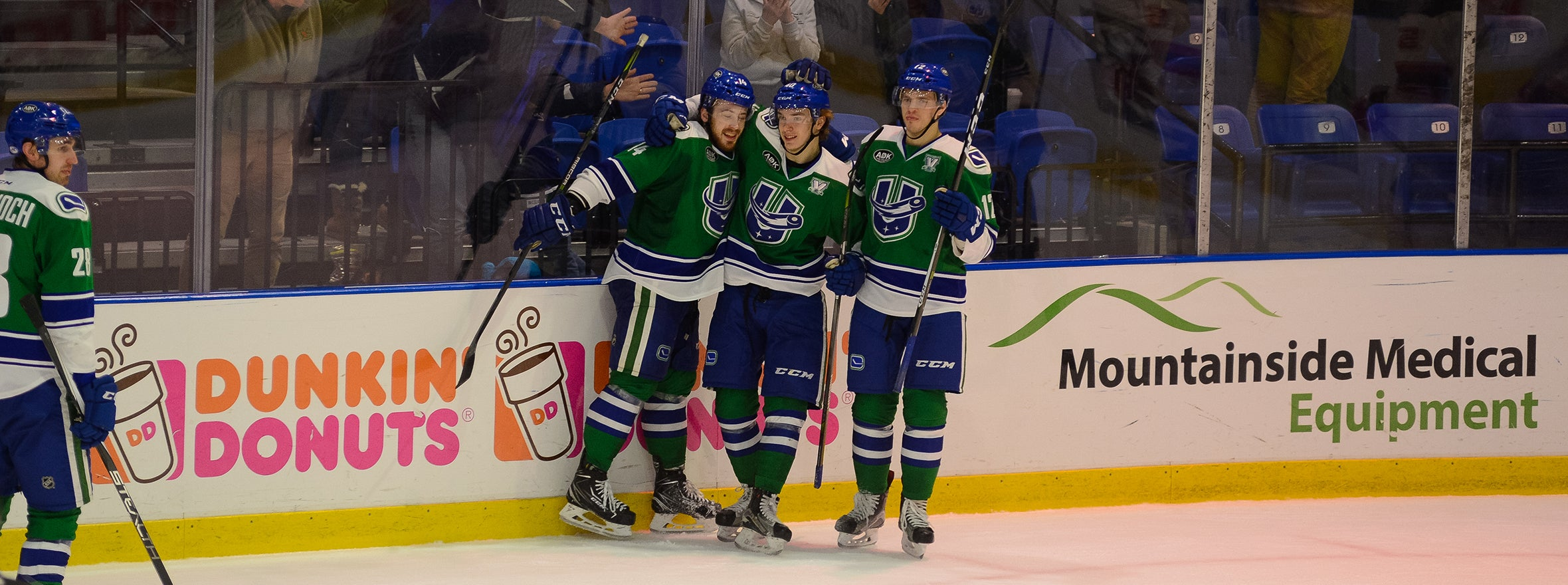 COMETS SEND DEVILS PACKING ON A SUNDAY AFTERNOON