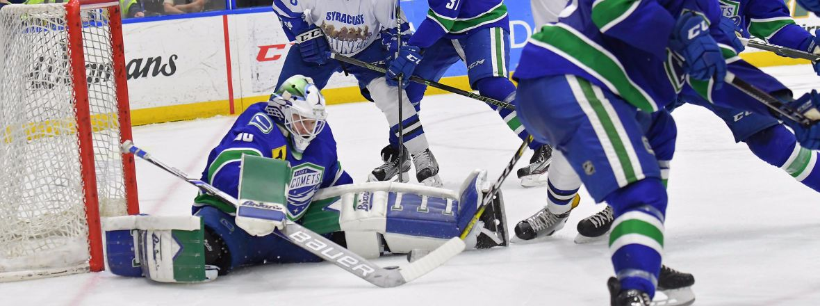 COMETS FALL TO CRUNCH BY A SCORE OF 5-1