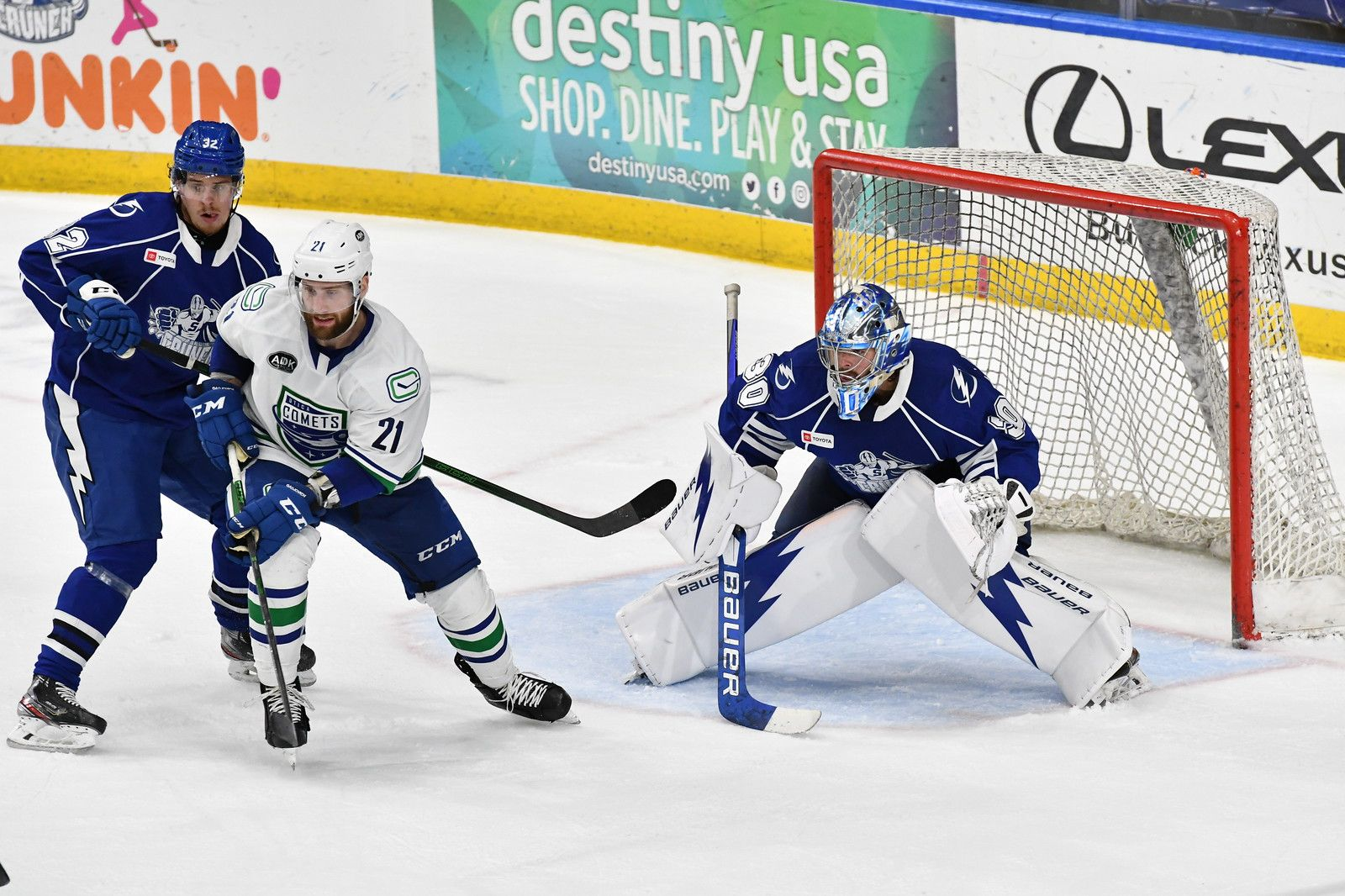 UTICA BESTED BY SYRACUSE ON THE ROAD