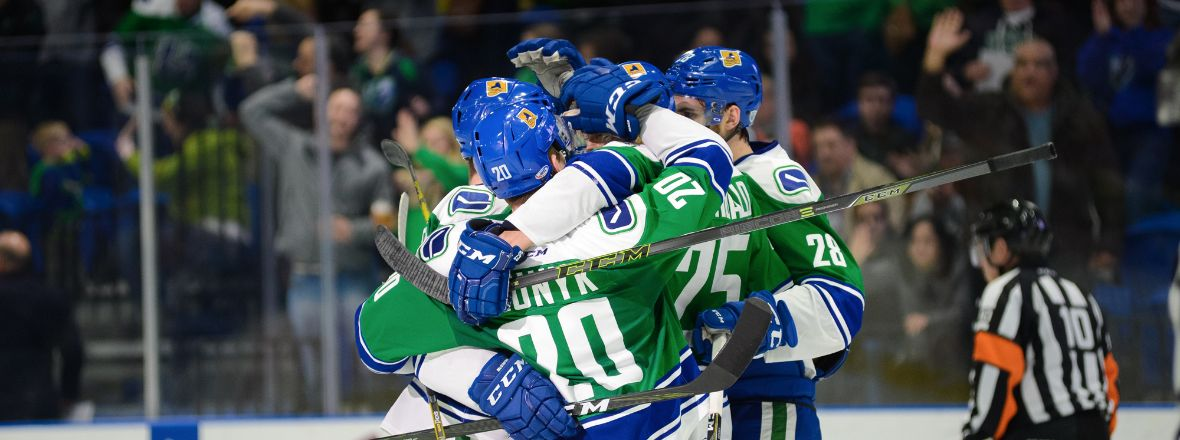 COMETS WIN SEVENTH STRAIGHT ON HOME ICE