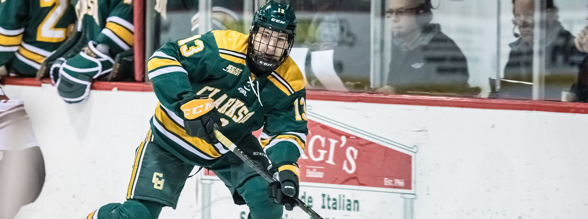 COMETS SIGN AARON THOW TO ATO